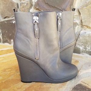 Nine West Gray Wedge Boots Hartnsolo Size 9.5